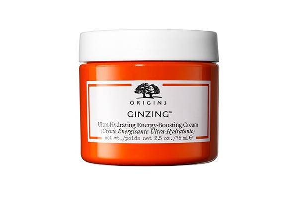 Крем GinZing Ultra-Hydrating Energy-Boosting Cream, Origins разбудит твою кожу, как утренняя чашка эспрессо (или сразу три), мгновенно увлажнит и придаст сияние.