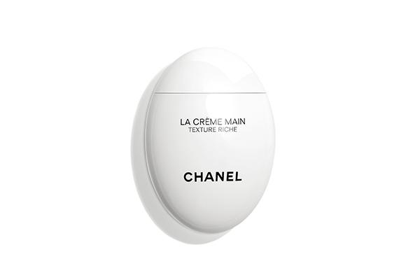 Крем для рук и ногтей Chanel мы полюбили за необычную форму.