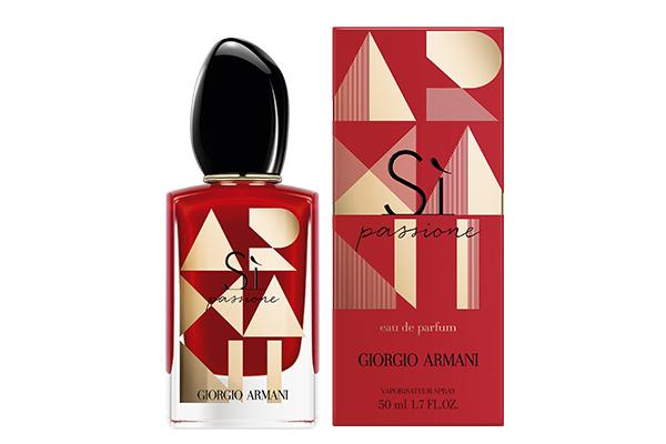 Парфюмерная вода Sì Passione Giorgio Armani. Хочешь быть в центре внимания? Тогда этот аромат — то, что надо!