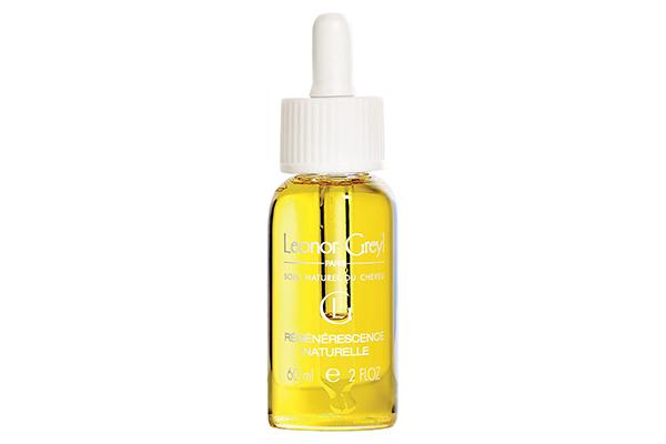 Масло для чувствительной кожи головы Leonor Greyl защищает от УФ-излучения, интенсивно питает и смягчает кожу головы и волосы.