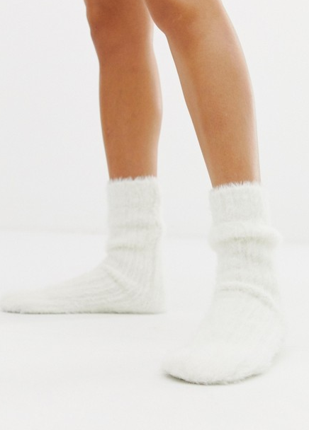 Пушистые носки New Look, 790 p. (asos.com)