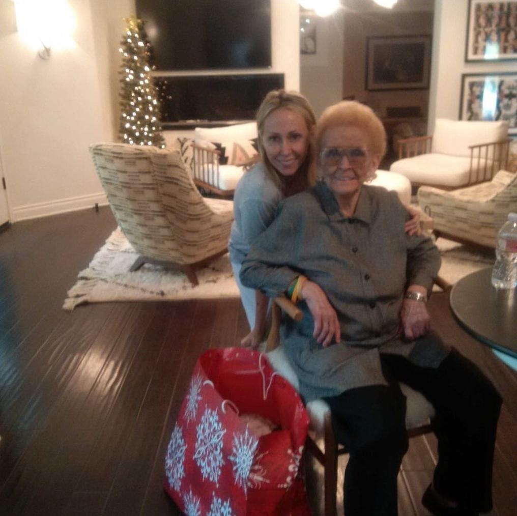 Мама и бабушка Майли Сайрус