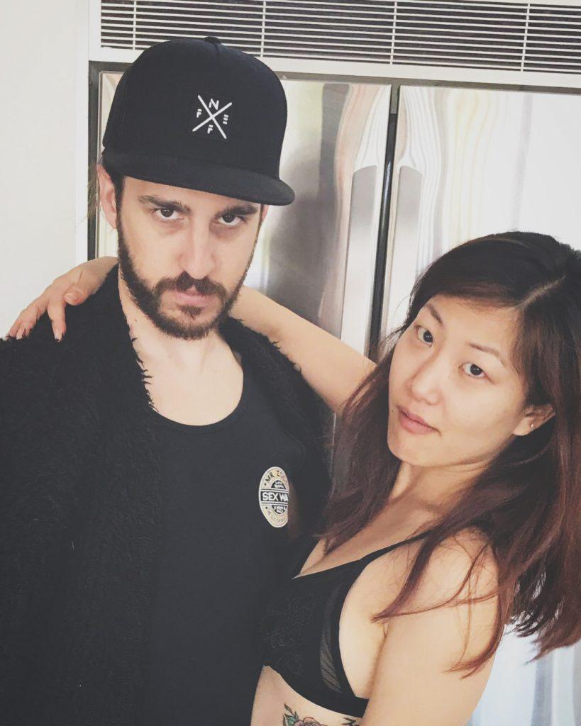 Эрик Ллойд со своей девушкой