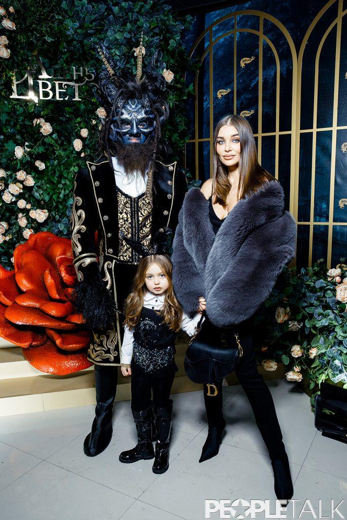 Дарья Коновалова с дочерью