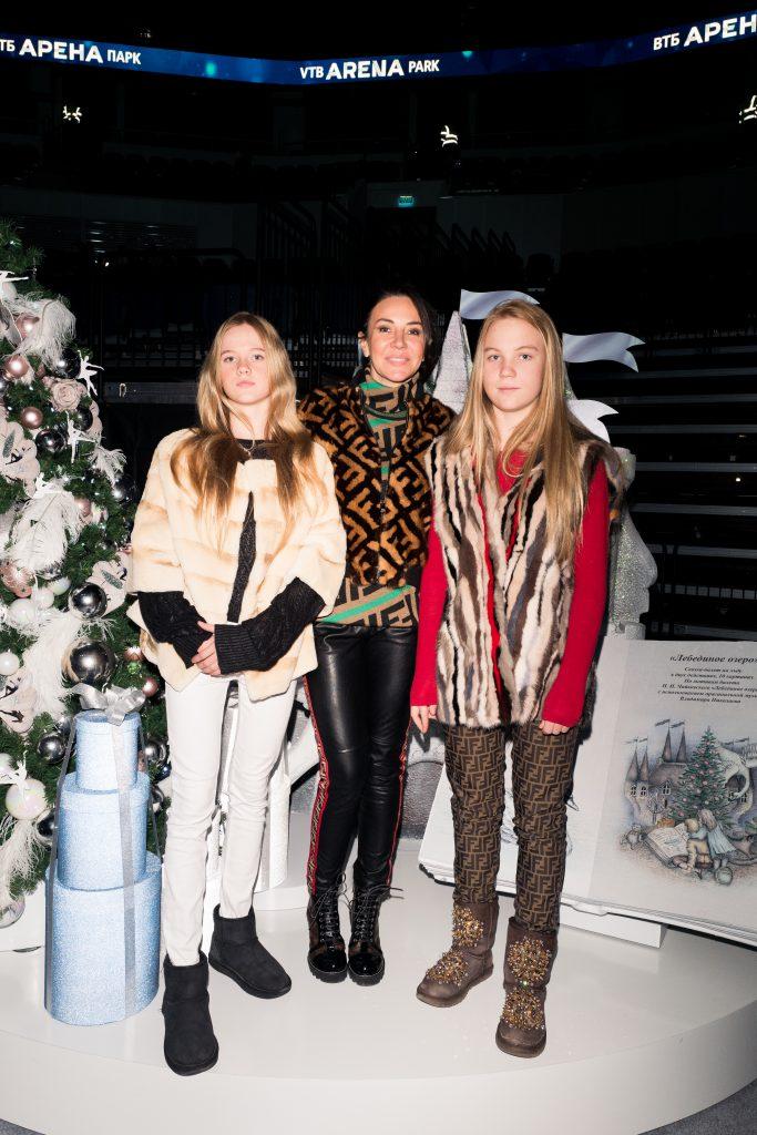 Ирина Чайковская с дочерьми