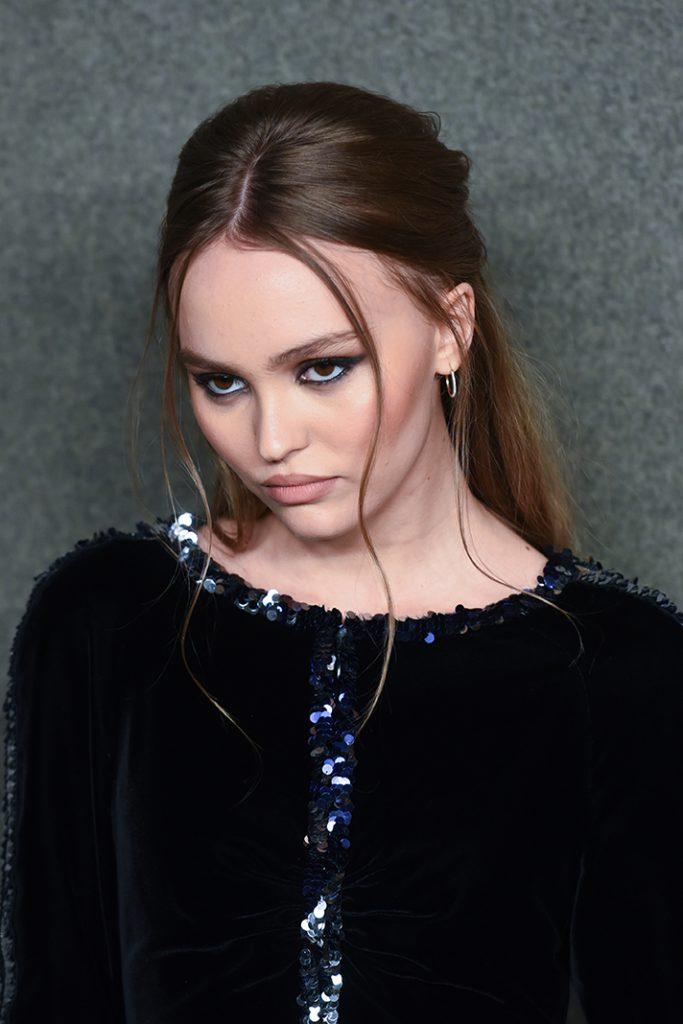 Лили Роуз-Депп (19)