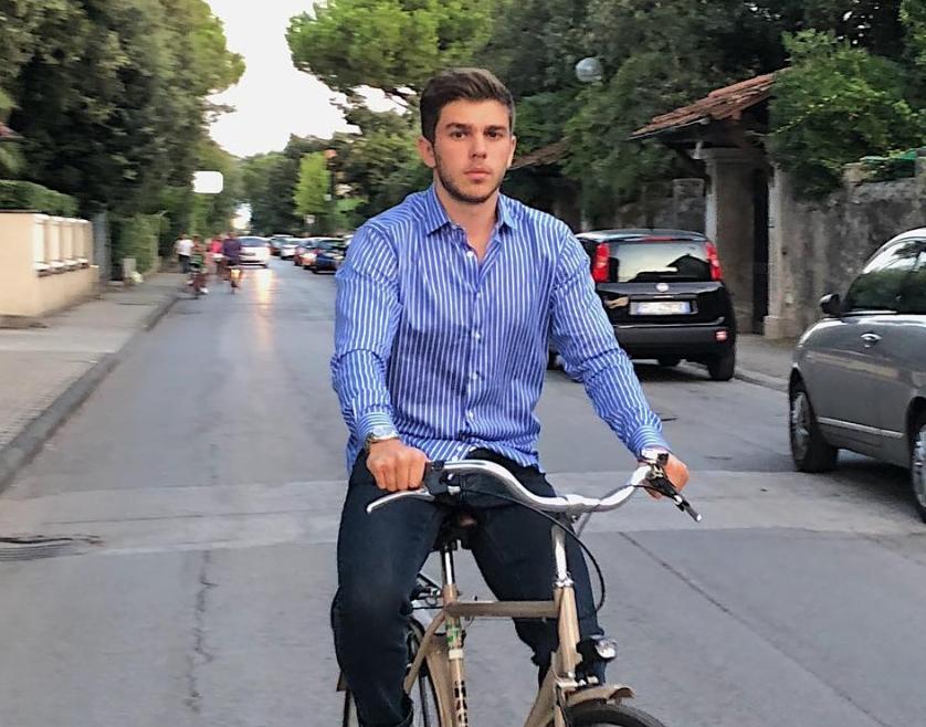 Денис Курылев
