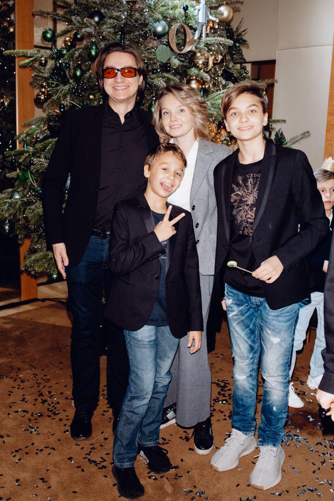 Сергей Филин и Мария Прорвич с детьми