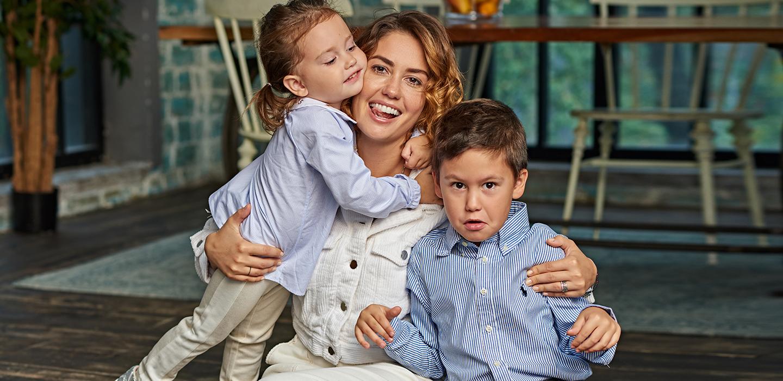 Мама может: Муцениеце, Седокова, Дайнеко, Шишкова и Кожевникова рассказывают, как воспитывают детей