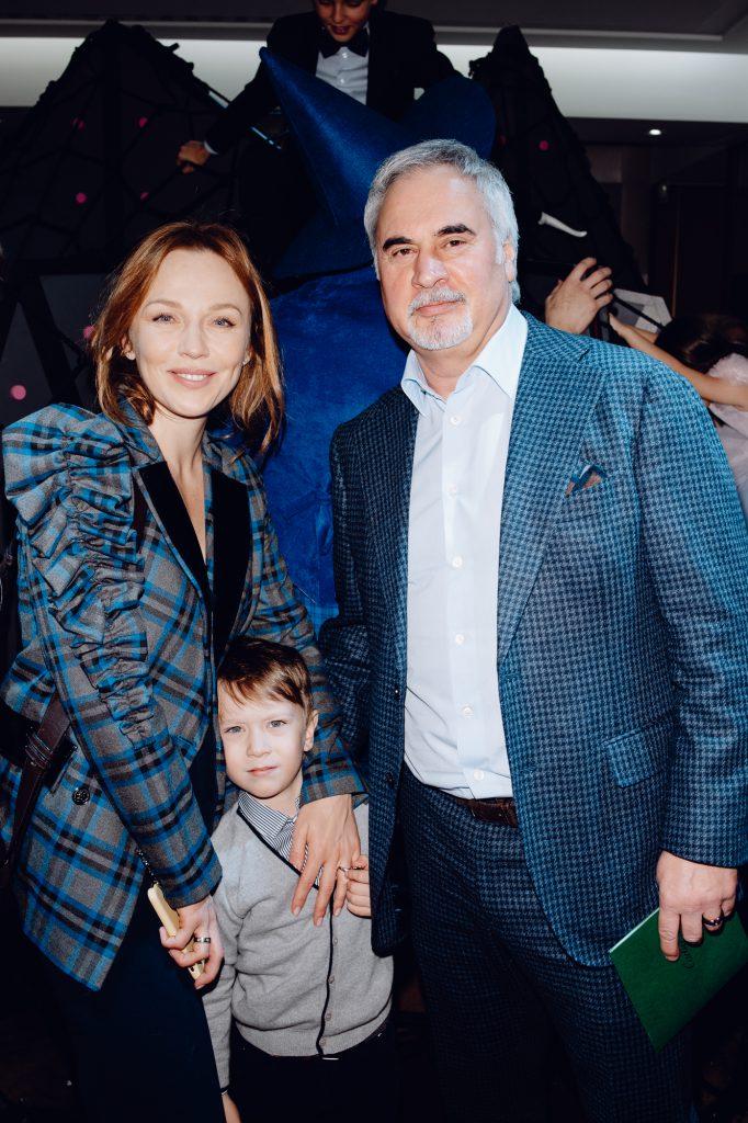 Альбина Джанабаева и Валерий Меладзе с сыном Лукой