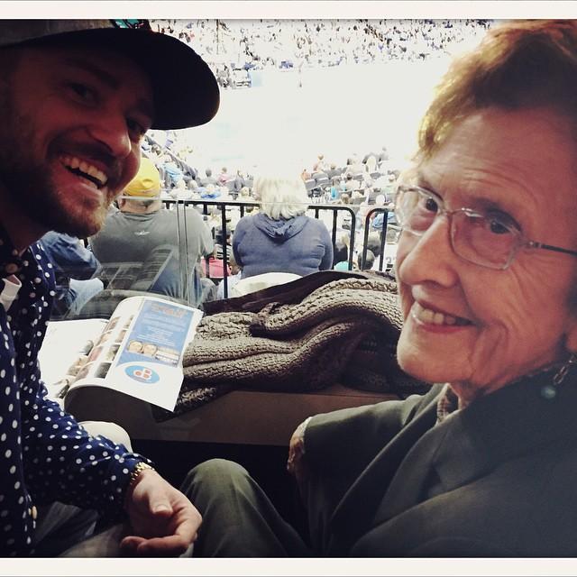 Джастин Тимберлейк с бабушкой
