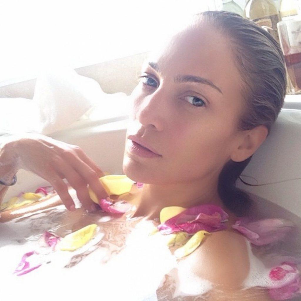 Дженнифер Лопес (49)