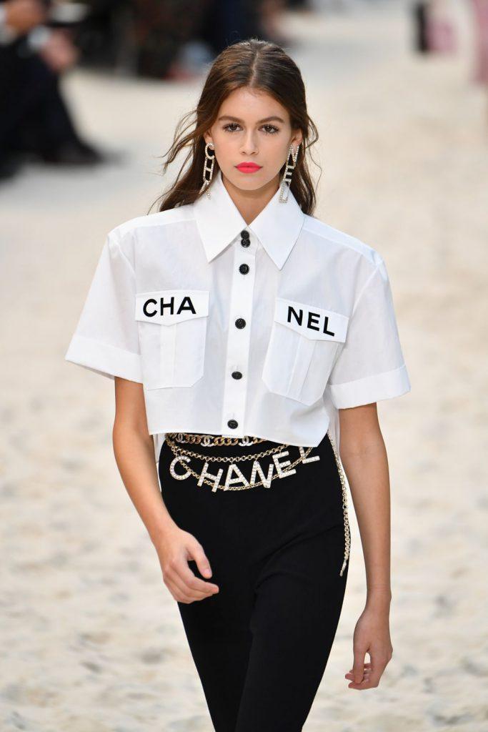 И ремни-цепочки, как у Chanel