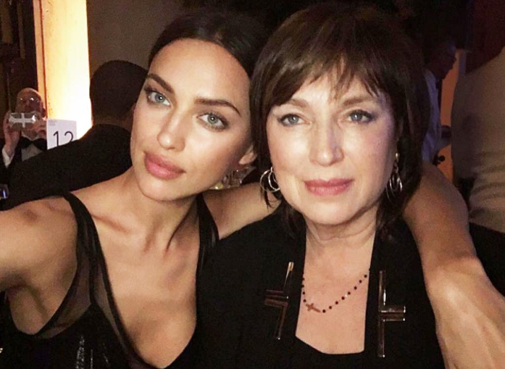 Ирина Шейк с мамой (Фото:
