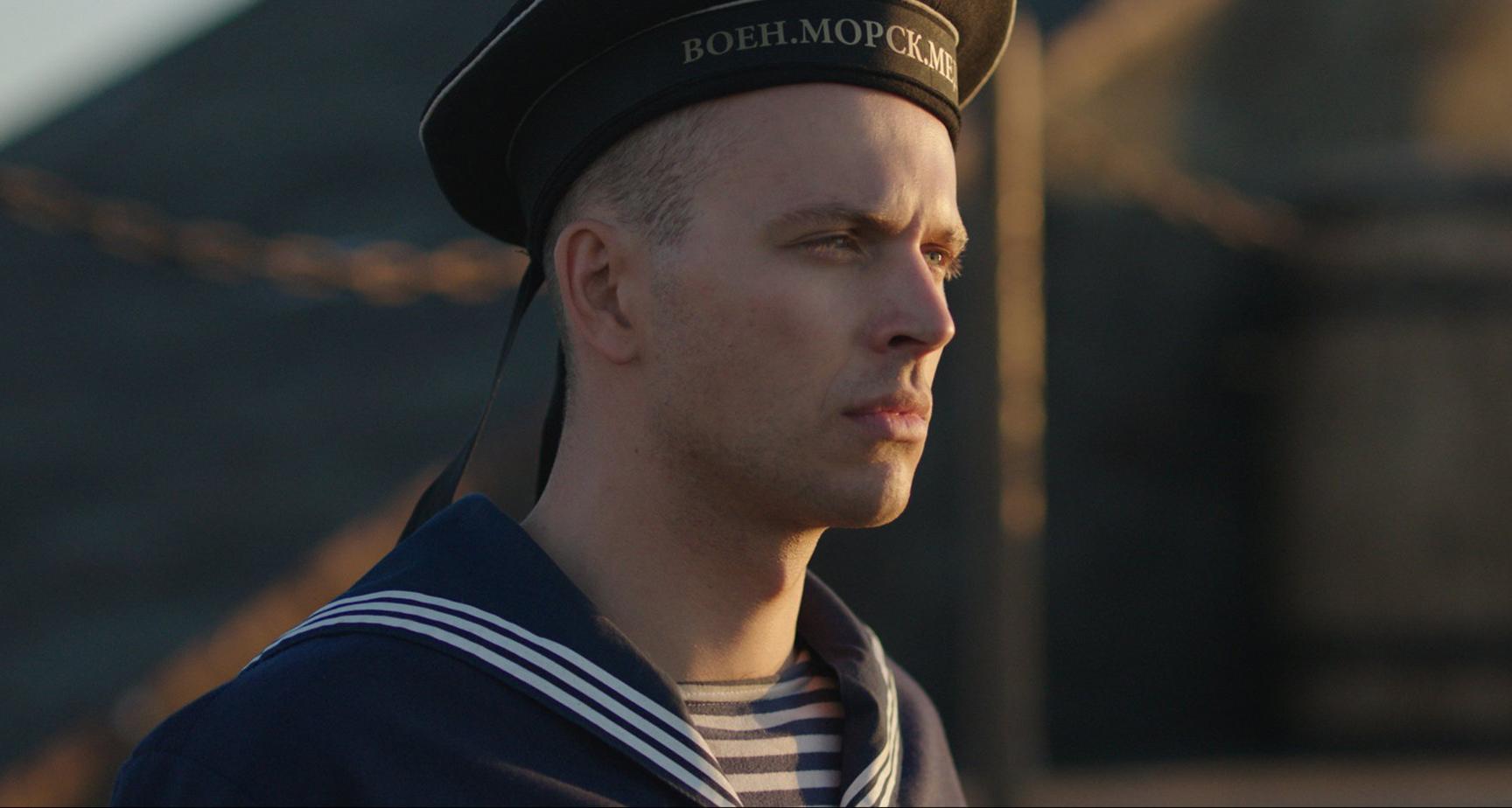 Новое поколение: внук Андрея Миронова АндрейУдалово первой главной роли, знаменитой семье и любимой девушке
