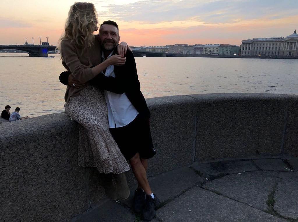 Не удержалась: Матильда троллит новую жену Сергея Шнурова