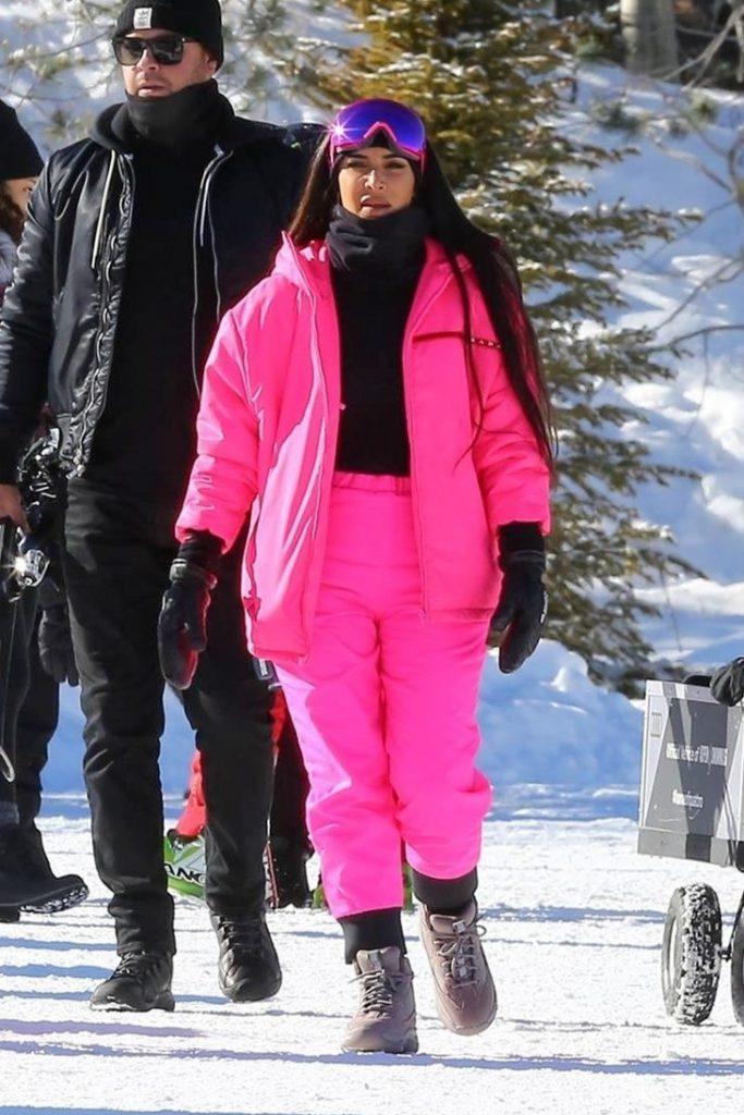 Ким Кардашьян в Prada Line Rossa