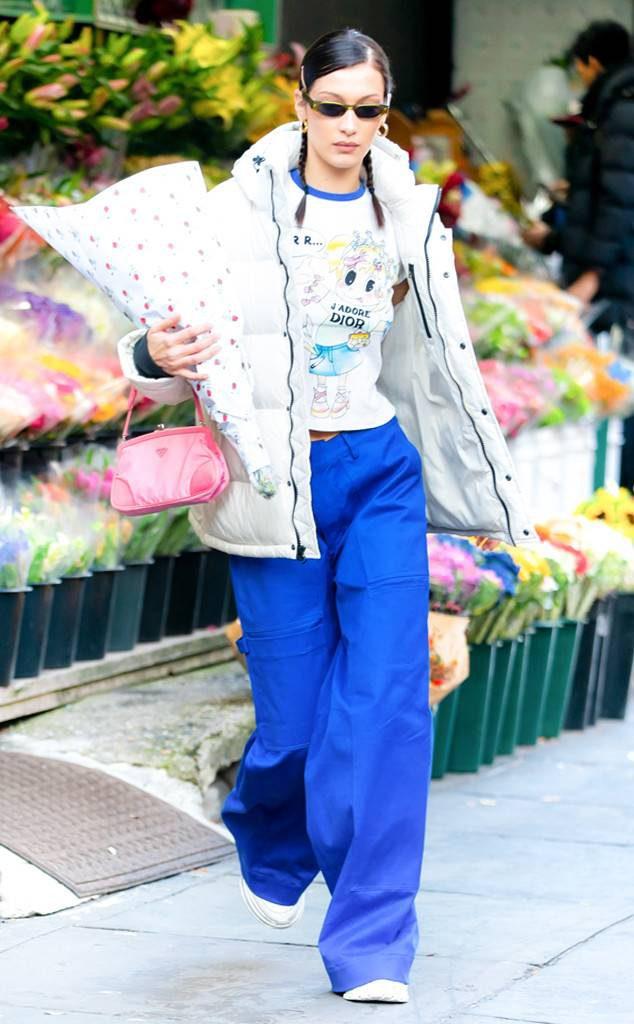 Белла Хадид одевается в Нью-Йорке, как на горнолыжном курорте. Нам нравится, советуем.