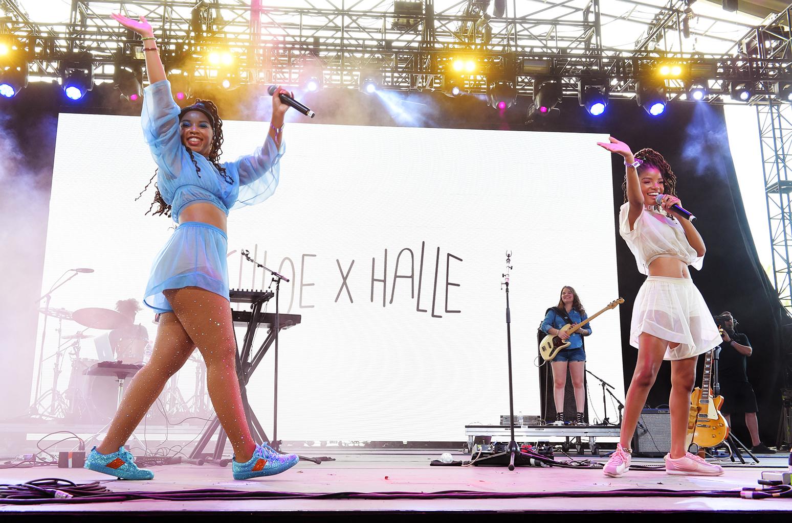 chloe-x-halle-live-coachella-2018-u-billboard-1548
