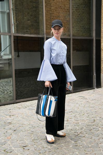 Или с классическим луком рубашка + брюки.