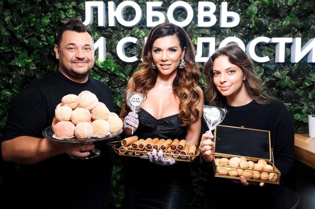Сергей Жуков, Анна Седокова и Регина Бурд