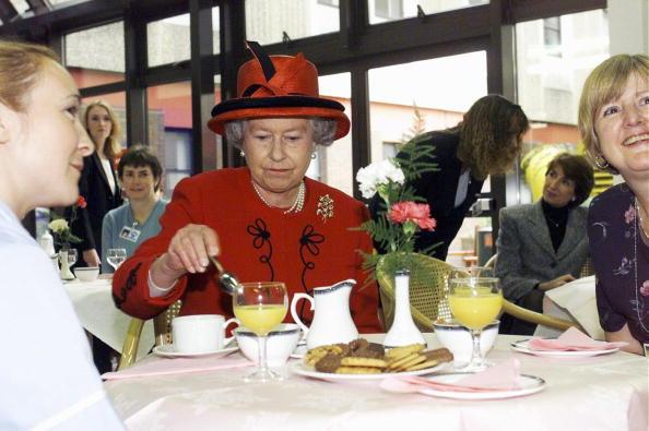 Икра заморская, баклажанная: какие продукты никогда не попадут на королевский стол