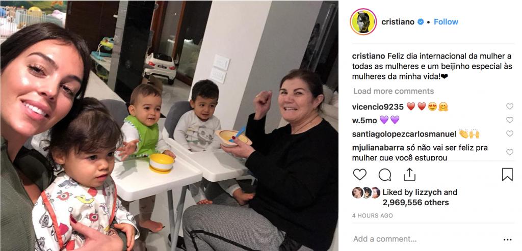 Криштиану Роналду поделился фото мамы и Джорджины