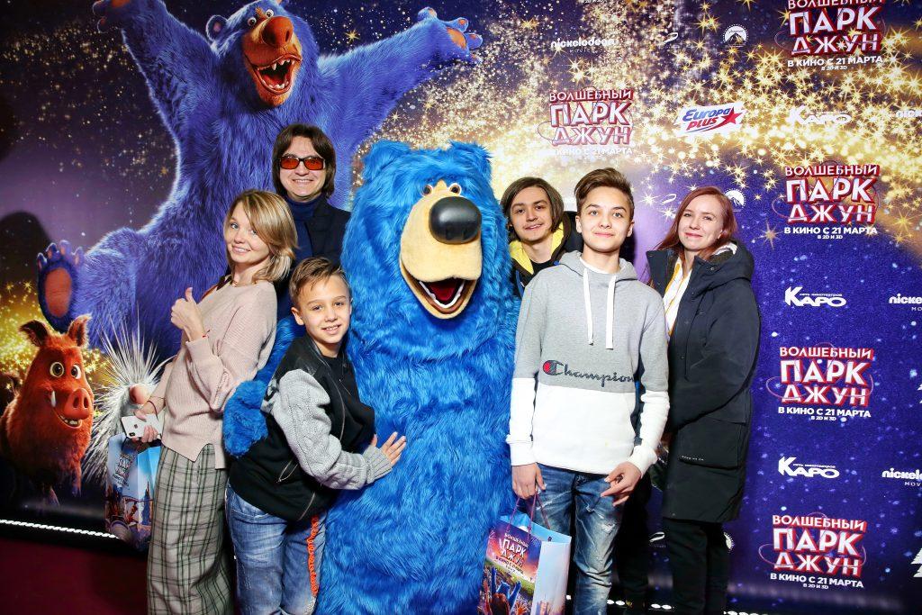 Сергей Филин с семьёй