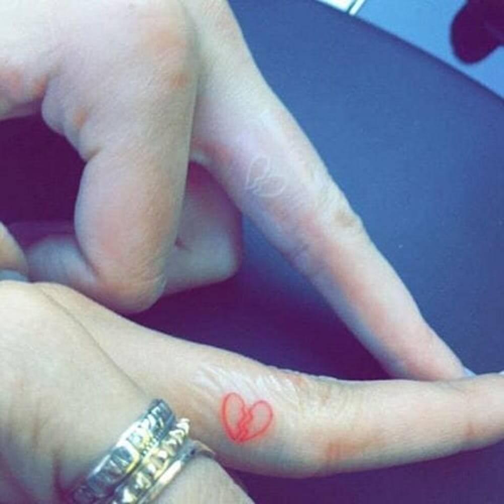 tatuagens-iguais-de-celebridades-que-decidiram-eternizar-a-sua-amizade-na-pele7.jpg