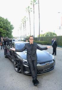 Скарлетт Йоханссон, Бри Ларсон, Роберт Дауни-младший, Лиам Хемсворт и Майли Сайрус на премьере фильма «Мстители: Финал» в Голливуде