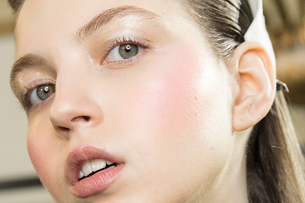 Как избавиться от акне? Советы косметолога
