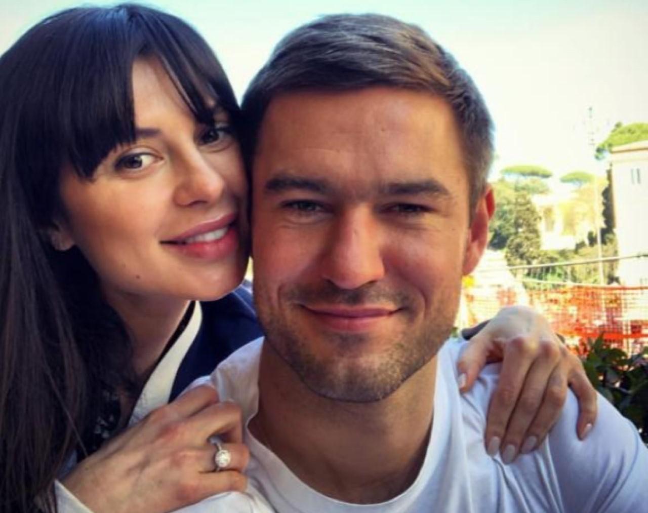 Экс-невеста Тимати Мила Волчек впервые стала мамой!