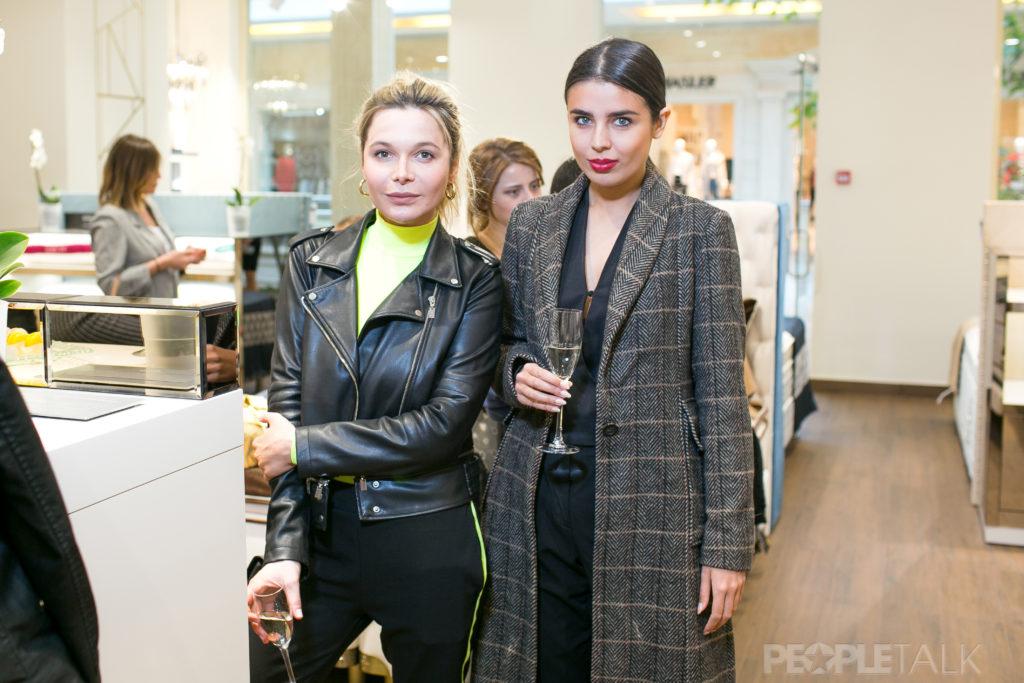 Дарья Аникина и Эльмира Абдразакова