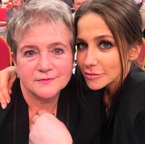 Юлия Барановская с мамой (Фото: @baranovskaya_tv)
