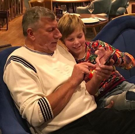 Папа и старший сын Артем Юлии Барановской (Фото: @baranovskaya_tv)