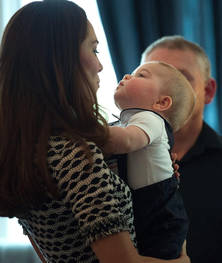Кейт Миддлтон с принцем Джорджем