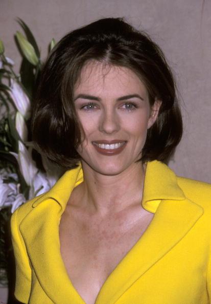 В 1995 году Элизабет стала лицом косметического бренда Estee Lauder. С такой короткой стрижкой мы больше ее не видели