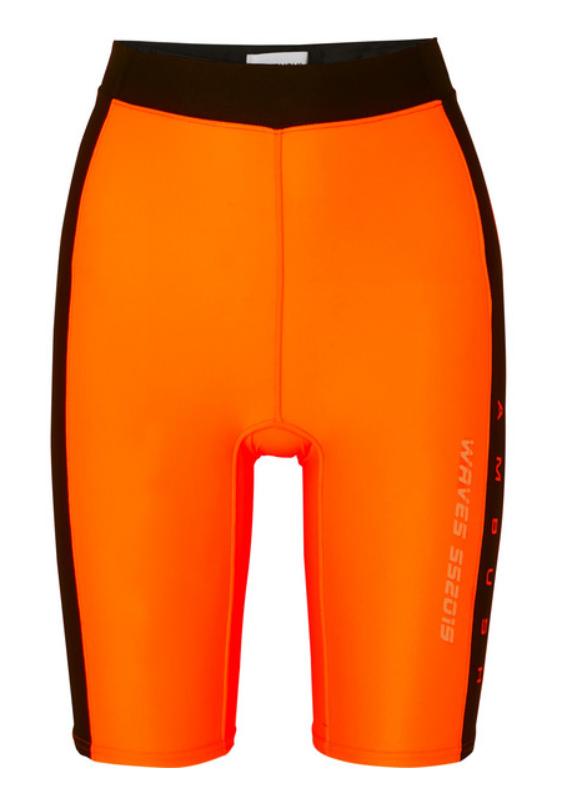 Велосипедки Ambush, £225 (net-a-porter.com). Оранжевый - хит сезона. Как и велосипедки