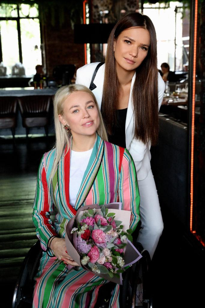 Ксения Безуглова и Аделина Шарипова