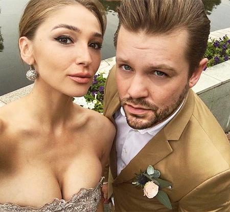 Его-то мы и ждали: бывший парень Насти Ивлеевой прокомментировал ее свадьбу с Элджеем