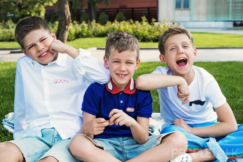 трое сыновей картинки посещала