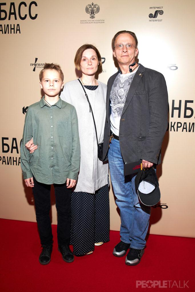 Оксана Арбузова и Иван Охлобыстин с сыном