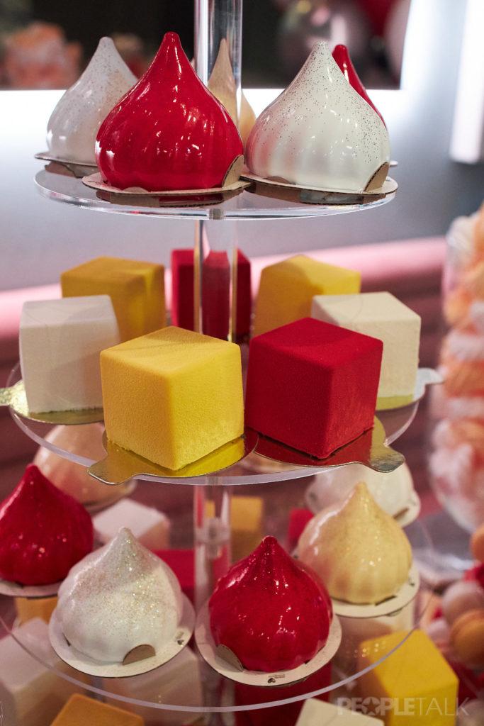 Десерты от сети семейных кондитерских «Любовь и Сладости»