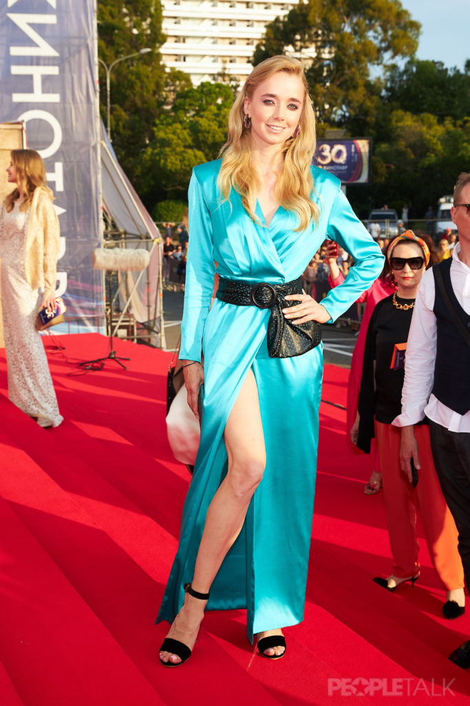 Алена Чехова (Макияж Max Factor, укладка Wella Professional)