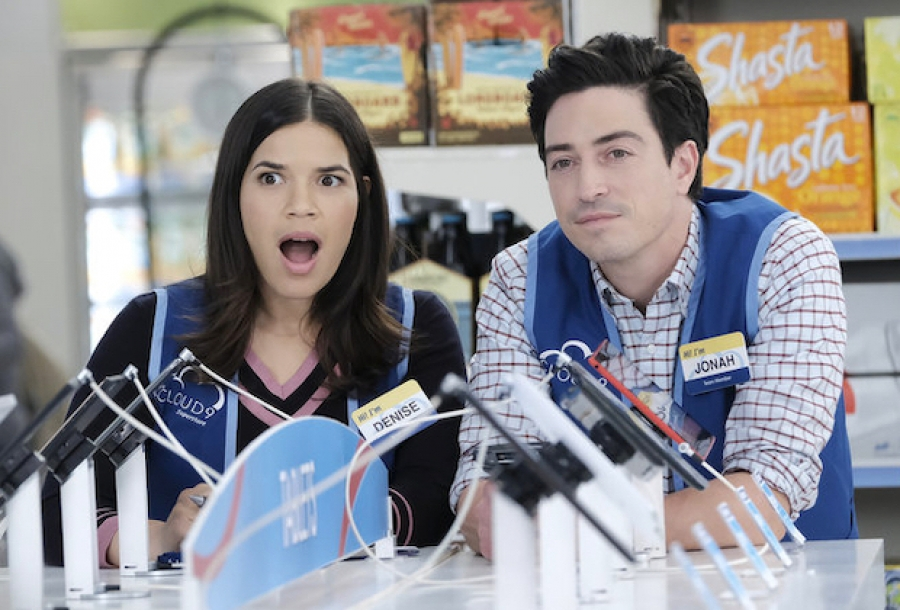 Америка Ферерра в сериале «Супермаркет»