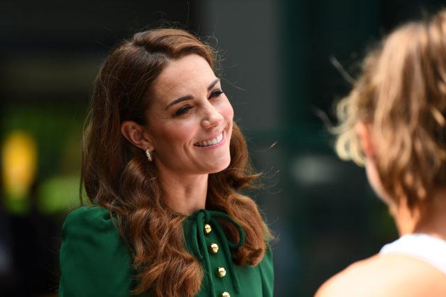 Королевские секреты: как Кейт Миддлтон добилась осиной талии?