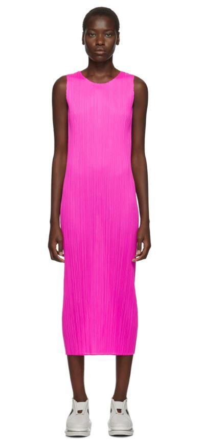 Платье Pleats Please Issey Miyake, $390 (ssense.com)