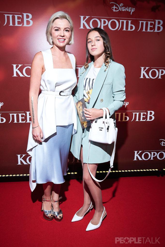 Елена Николаева и Ариадна Волочкова
