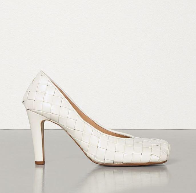 Туфли, $1060 (bottegaveneta.com)