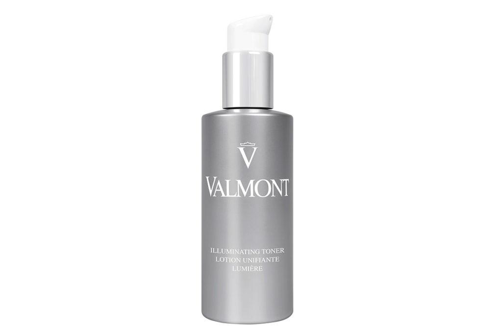 Тоник Valmont Illuminating Toner за счет ниацинамида блокирует распространение меланина и улучшает цвет лица